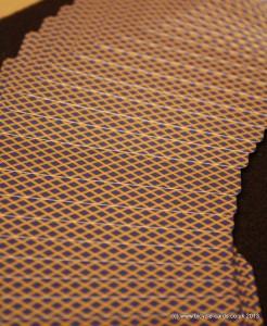 golden bee back spread